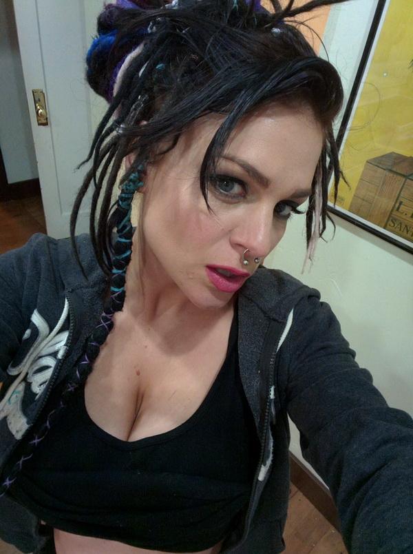 Emma Leviathan